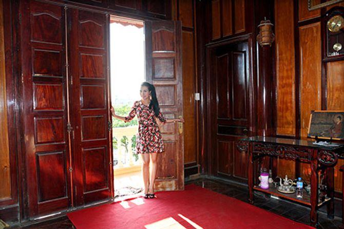 Ngắm ngôi nhà bằng gỗ nghìn m2 giá bạc tỷ của Thùy Dương - Ảnh 13