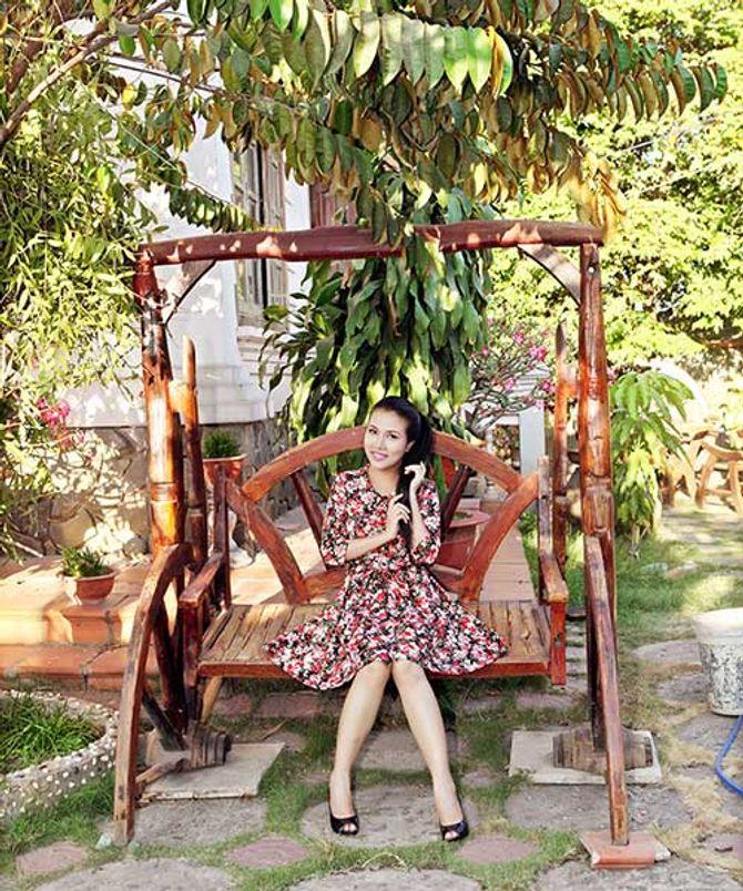 Ngắm ngôi nhà bằng gỗ nghìn m2 giá bạc tỷ của Thùy Dương - Ảnh 3