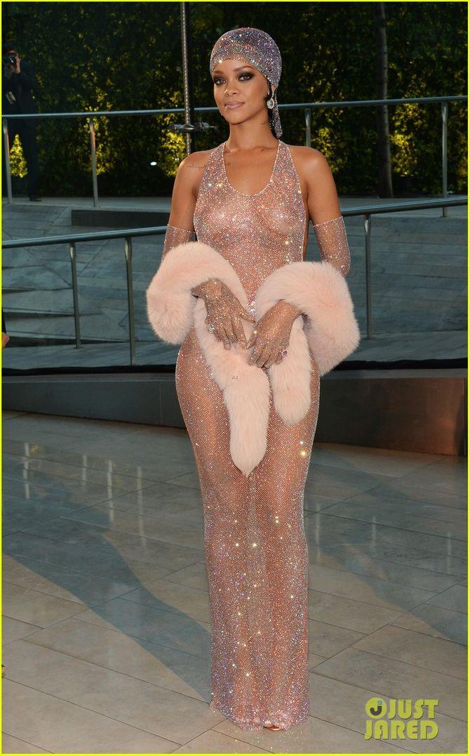 Rihanna diện đầm trong suốt dự lễ trao giải CFDA Fashion Awards  - Ảnh 4