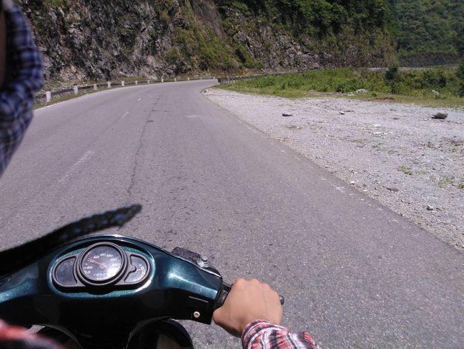 Kinh nghiệm chạy xe đi Mộc Châu - Ảnh 2