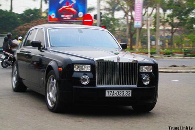 Rolls-Royce Phantom biển độc trên đường phố Thái Bình