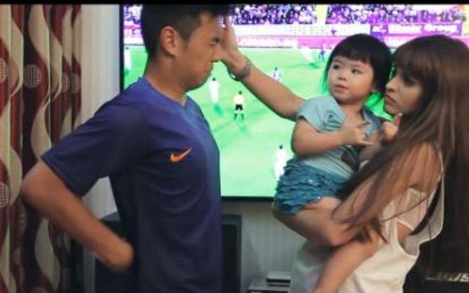 """Hài hước clip """"Chuyện mùa World Cup"""" - Ảnh 4"""