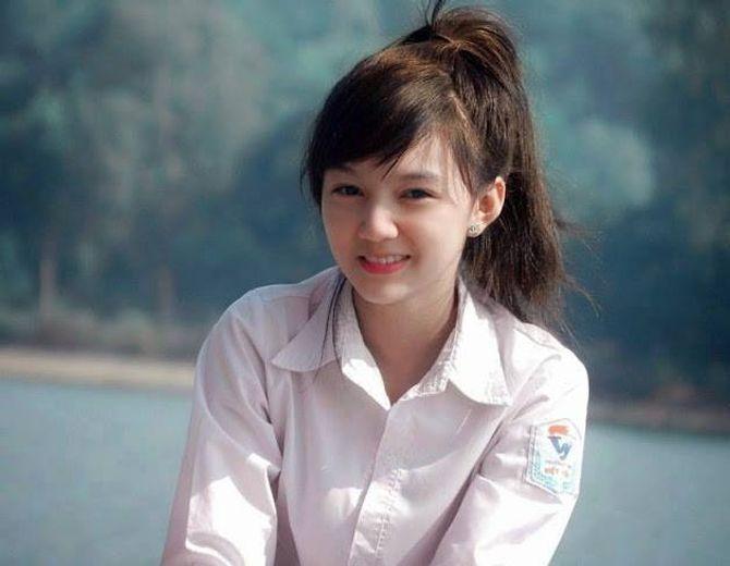 """Vẻ đẹp tựa thiên thần của nữ sinh Bắc Giang """"điên đảo"""" dân mạng"""