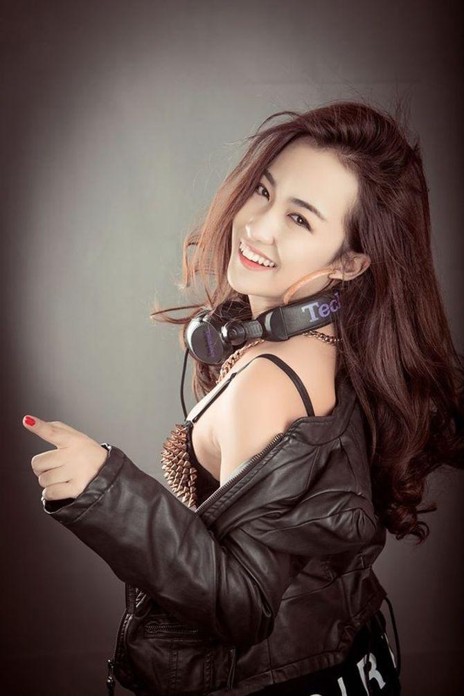 """Những nữ DJ xinh đẹp, bốc lửa nhất trong đêm """"Hòa âm ánh sáng"""" - Ảnh 5"""