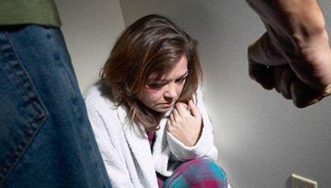 Tôi bị chồng đánh sảy thai, còn bị đuổi về nhà ngoại