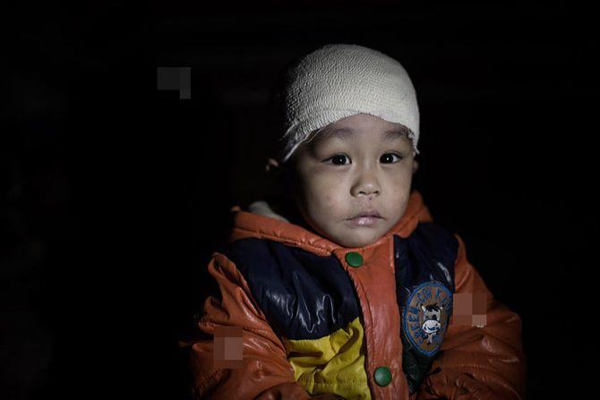 Chùm ảnh rúng động về 3 em bé bị chính cha đẻ bạo hành - bao-hanh-tre-em-3.jpg