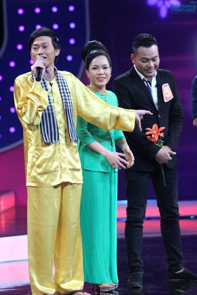 Người bí ẩn: Hoài Linh tuyên bố đỡ đầu cho ông bố bán phở - Ảnh 2