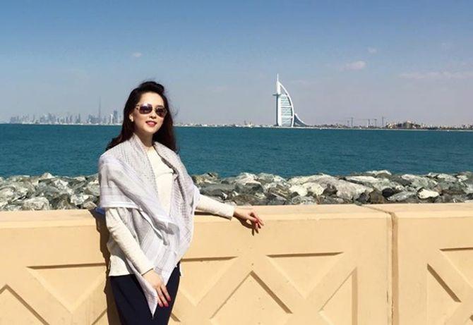 Á hậu Thái Như Ngọc xinh đẹp khoe ảnh du xuân ở Dubai - Ảnh 1