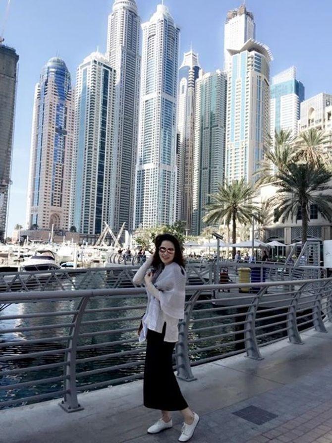 Á hậu Thái Như Ngọc xinh đẹp khoe ảnh du xuân ở Dubai - Ảnh 8