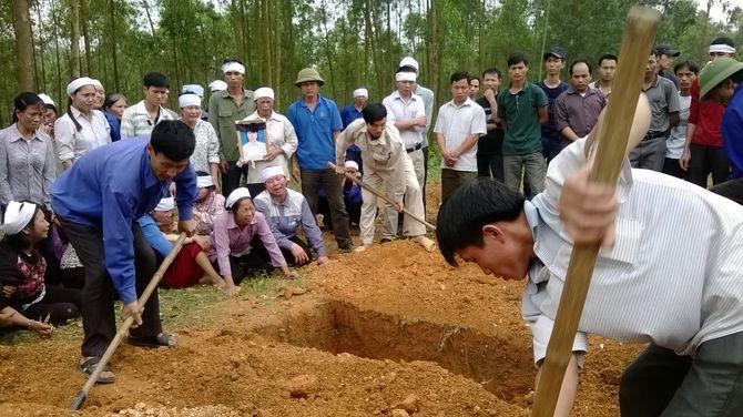 Hai mẹ con sản phụ chết bất thường tại BV Đa khoa Phú Thọ - Ảnh 1