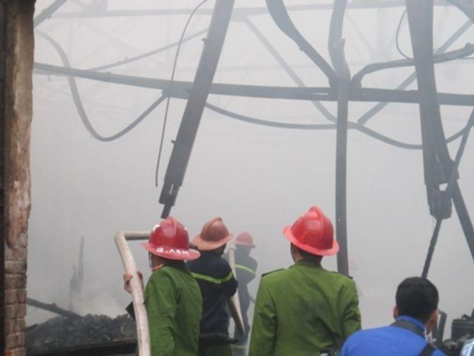 Hà Nội: Cháy lớn trong khuôn viên Trung tâm khí tượng thủy văn 5