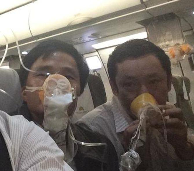 Máy bay Vietnam Airlines hạ cánh khẩn cấp: Lời kể của hành khách 4