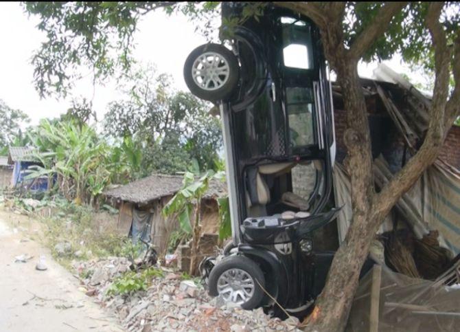Bí thư Huyện ủy ngồi trên xe gây tai nạn làm 3 người chết ở Cao Bằng 4