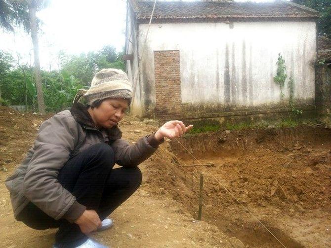 Hãi hùng đào móng nhà, tìm thấy 11 bộ xương - Ảnh 4