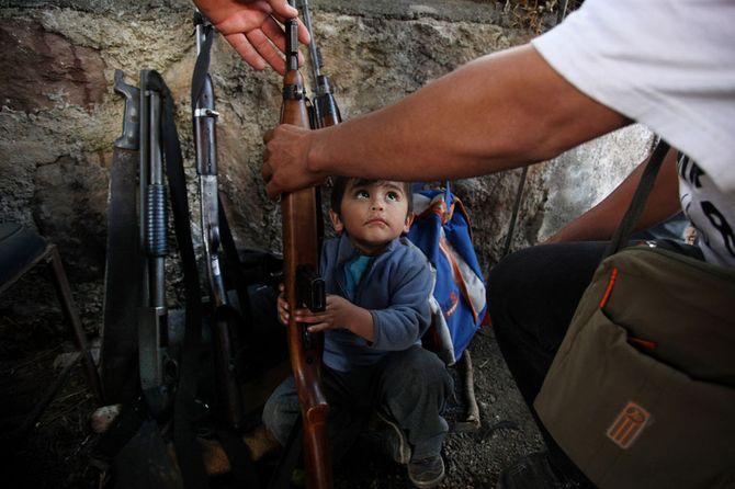 Hình ảnh  tự vệ chống các băng đảng ma túy ở  Mexico - Ảnh 2