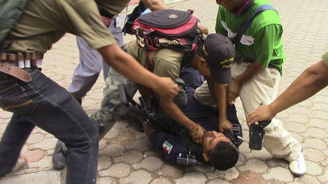 Hình ảnh  tự vệ chống các băng đảng ma túy ở  Mexico - Ảnh 6