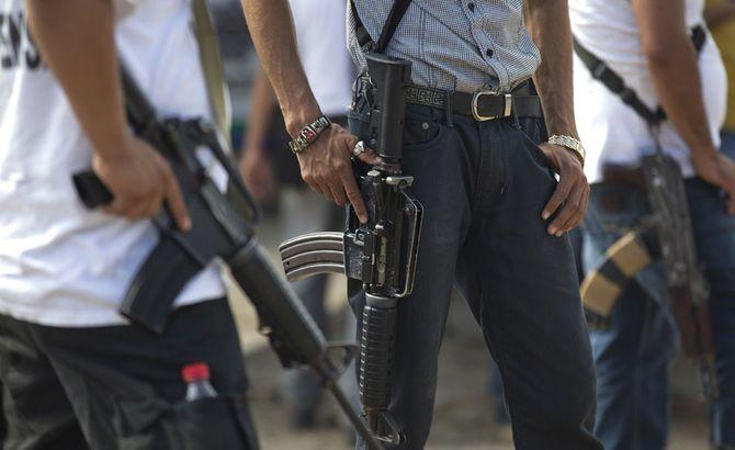 Hình ảnh  tự vệ chống các băng đảng ma túy ở  Mexico - Ảnh 7