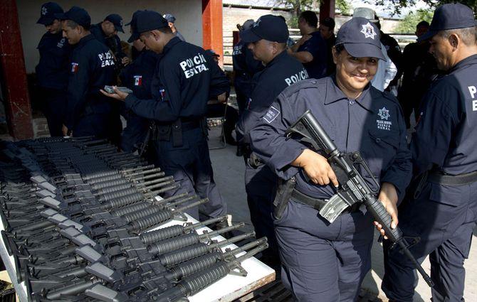 Hình ảnh  tự vệ chống các băng đảng ma túy ở  Mexico - Ảnh 10