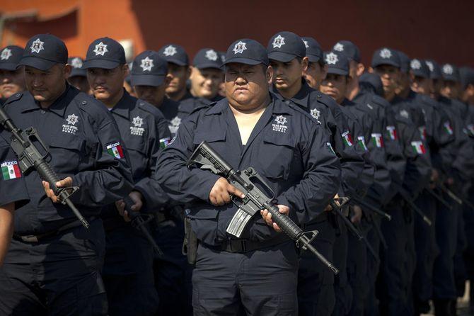 Hình ảnh  tự vệ chống các băng đảng ma túy ở  Mexico - Ảnh 11
