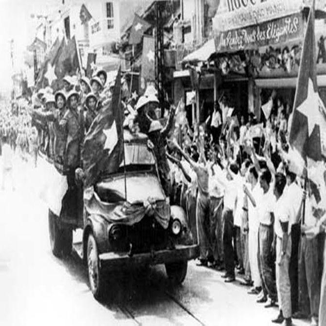 Ký ức trước ngày giải phóng Thủ đô của anh hùng phá bom cảm tử - Ảnh 1