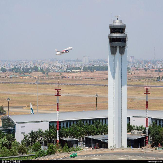 Sự cố hàng không ở Tân Sơn Nhất: Uẩn khúc đằng sau những con số 4