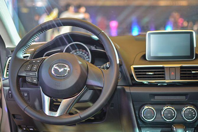 THACO giới thiệu Mazda 3 phiên bản 2015 cực mạnh mẽ - Ảnh 9