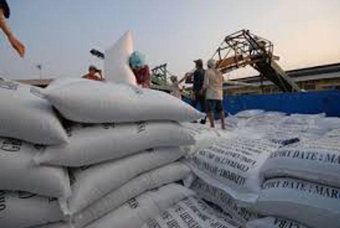 Thuế nhập khẩu: Gạo, thuốc lá từ Lào được miễn thuế - Ảnh 1
