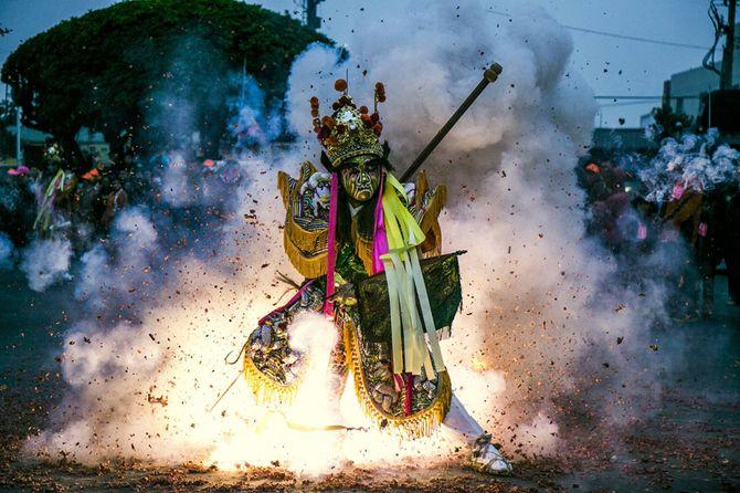 Những bức ảnh tuyệt đẹp của cuộc thi ảnh lớn nhất thế giới 2014 - Ảnh 11