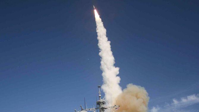 Mỹ thử nghiệm thành công hệ thống đánh chặn tên lửa Aegis - Ảnh 1