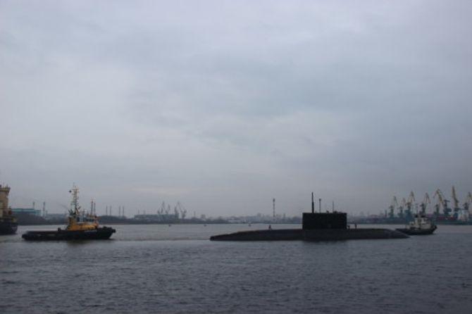 Tàu ngầm Việt Nam tạo ra rào cản tâm lý cho đối phương