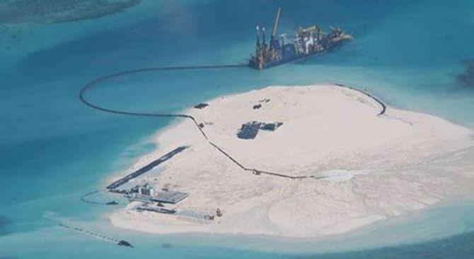 Philippines: Trung Quốc tăng cường san lấp, mở rộng bãi Gạc Ma