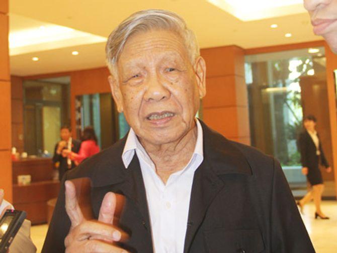 Yêu cầu xem xét việc bổ nhiệm cán bộ của ông Trần Văn Truyền 5