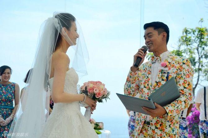Bản sao Huyền thoại Lý Tiểu Long cưới vợ ở tuổi 39
