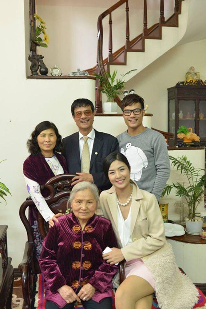 Sao Việt làm gì những ngày đầu năm mới Ất Mùi? 13
