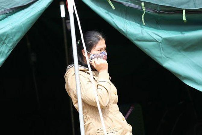 Giải cứu nạn nhân sập hầm: Nỗi vui mừng khôn xiết của những người vợ 5