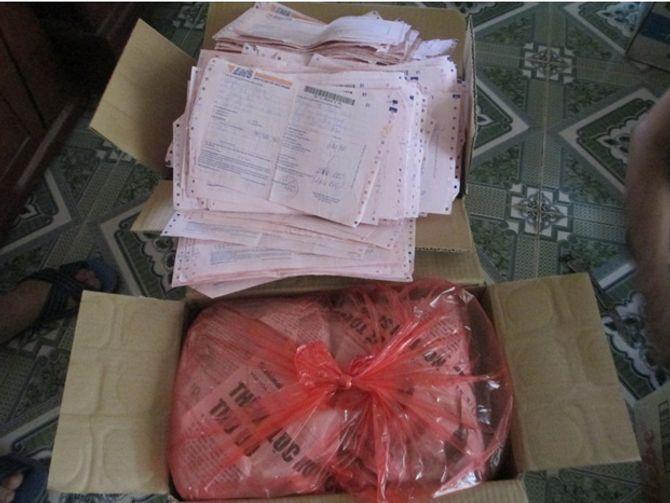 Rất nhiều gói thuốc đã được chuyển cho bệnh nhân qua đường bưu điện