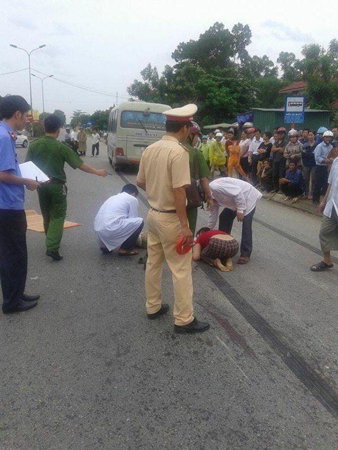 Từ bệnh viện lao ra đường, một bệnh nhân bị ô tô đâm tử vong