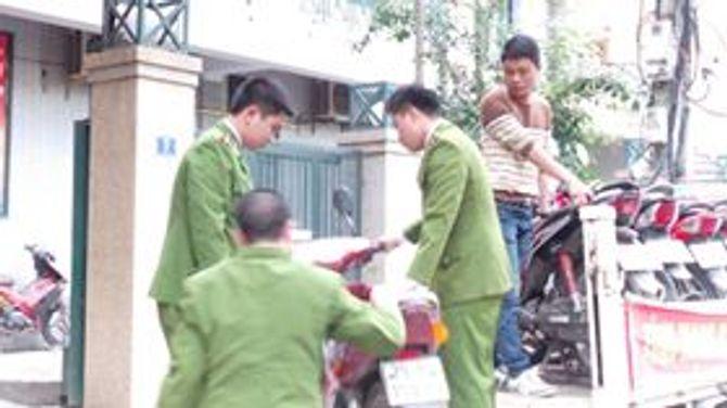 Hàng loạt cò mồi sa lưới trước thời khắc khai hội chùa Hương 5