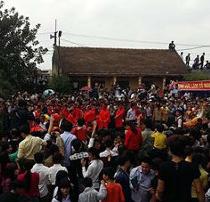 Lễ hội chém lợn ở Bắc Ninh: Máu nhuộm đỏ sân đình 4