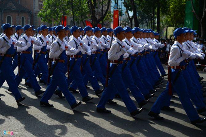 Cận cảnh tổng duyệt mít tinh, diễu binh mừng 40 năm thống nhất đất nước - Ảnh 9