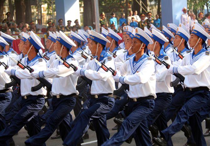 Cận cảnh tổng duyệt mít tinh, diễu binh mừng 40 năm thống nhất đất nước - Ảnh 3