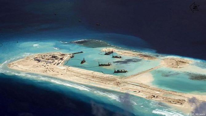 Mỹ đưa máy bay ném bom đe dọa Trung Quốc trên Biển Đông? - Ảnh 2