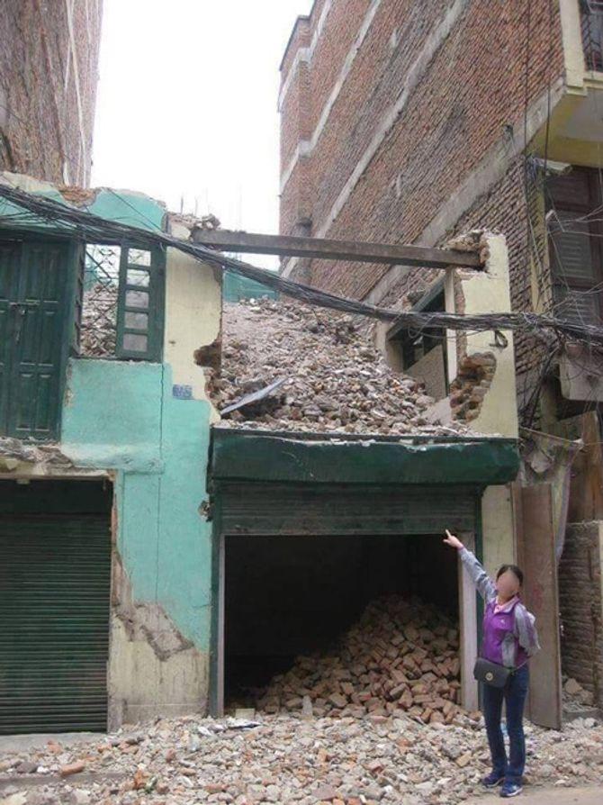 """Cán bộ Hội Chữ thập đỏ """"tự sướng ở Nepal"""" rút đơn yêu cầu luật sư bảo vệ - Ảnh 2"""