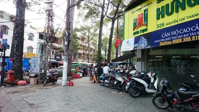 Một cảnh sát bị đâm chết trước bệnh viện Chợ Rẫy
