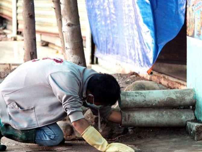 Vụ thảm sát ở Bình Phước: Người dân cung cấp nhiều thông tin tới cơ quan công an - Ảnh 2