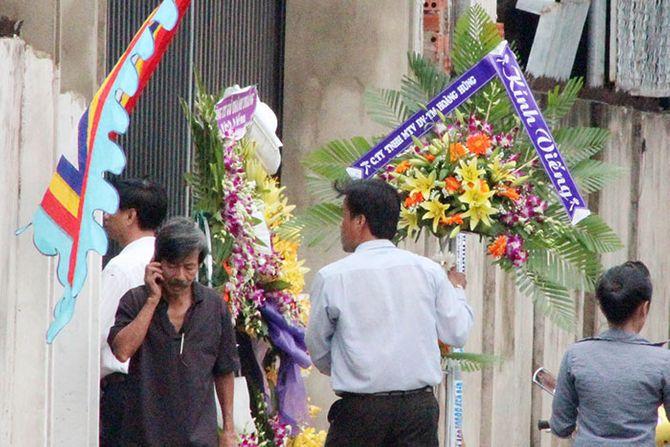 Mất nhiều ngày điều tra hiện trường vụ thảm sát ở Bình Phước - Ảnh 2