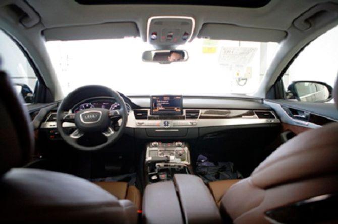 Siêu xe gây tai nạn của Hồ Ngọc Hà có thể tăng tốc 0-100 km/h trong 5 giây - Ảnh 8