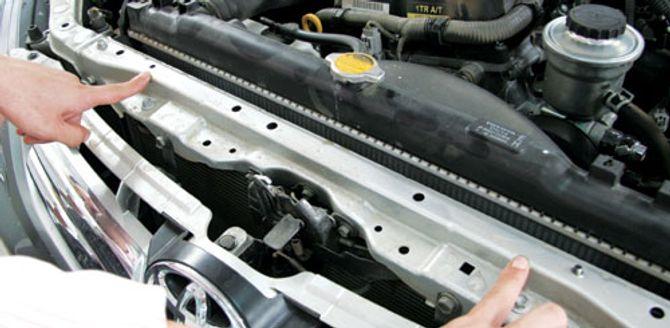 Mua ô tô cũ chơi Tết: Mẹo phát hiện xe đã bị phục chế sau tai nạn - Ảnh 1