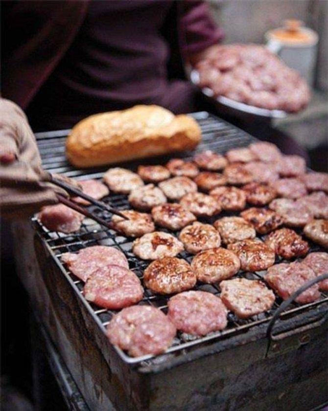 """8 món ăn bình dân Việt Nam khiến thế giới """"mê mệt"""" - 3"""
