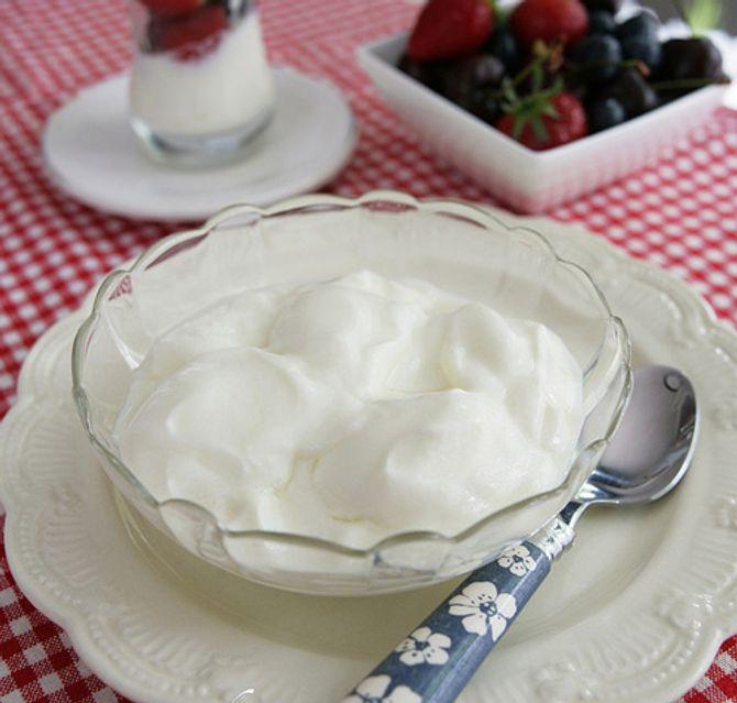 Mẹo làm sữa chua tại nhà lên men nhanh - Ảnh 3